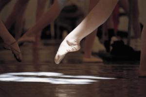 ターンアウトアップ、バレエのためのトレーニング