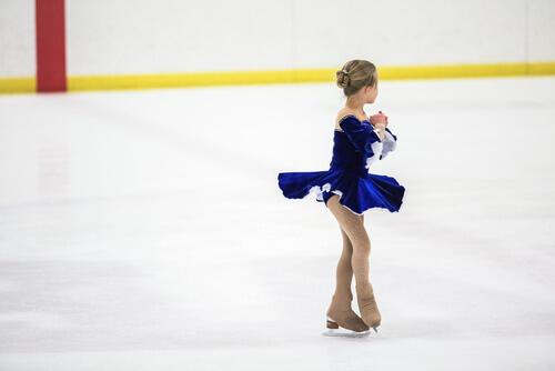 フィギュアスケートジュニアの膝痛・オスグッド